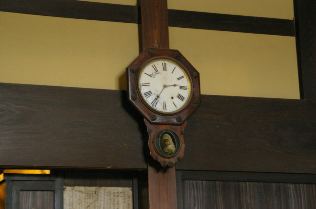 壁掛けの古時計