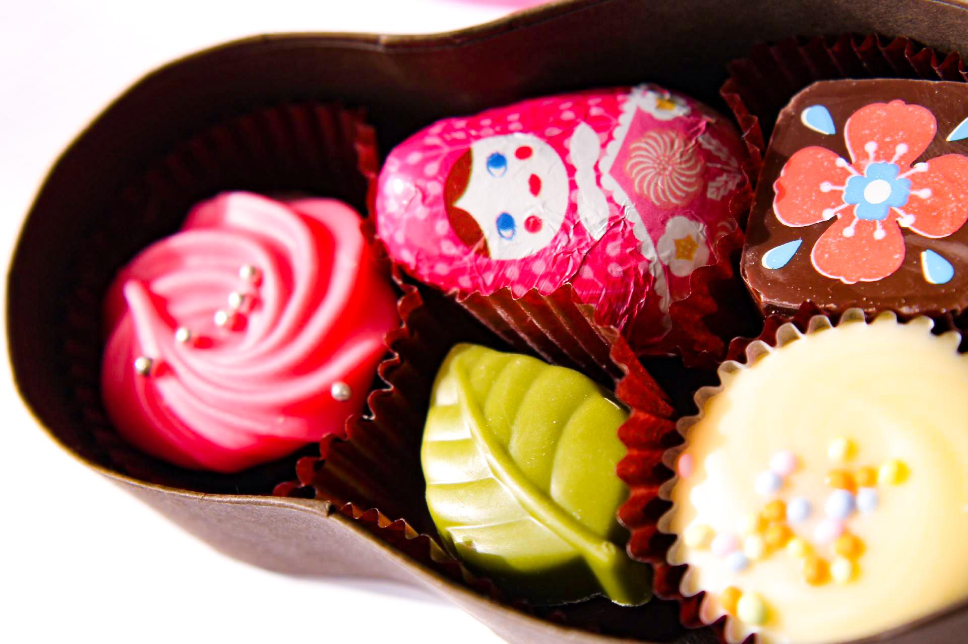 マトリョーシカの入れ物に入ったチョコレート