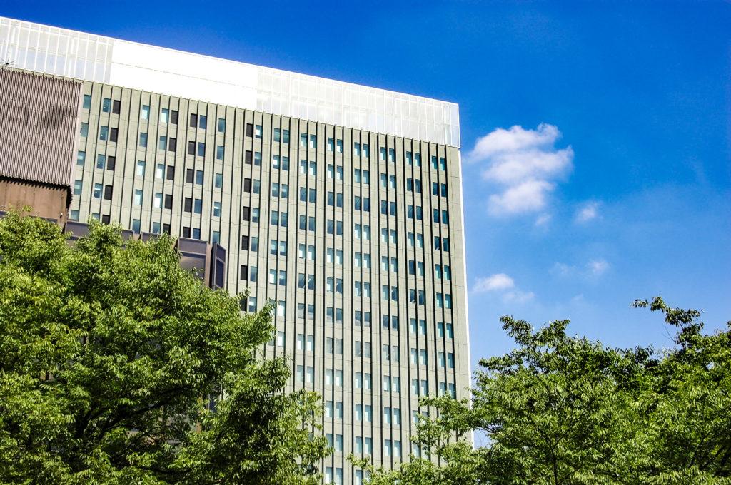 名古屋セントラルパークから見えるビル