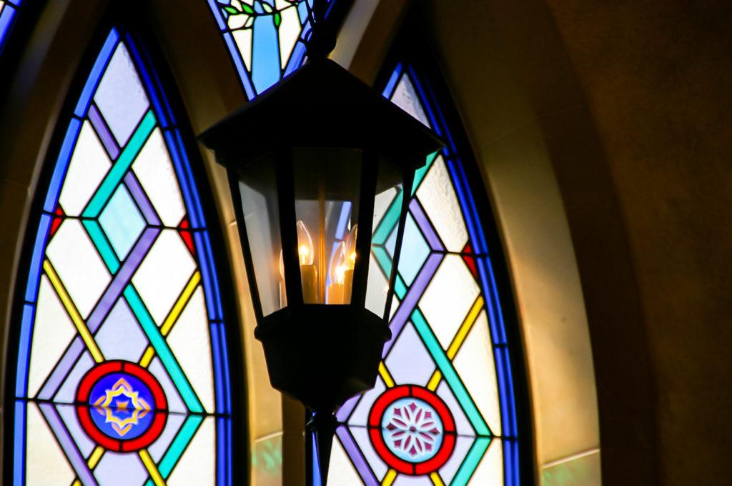 ランプとステンドグラス