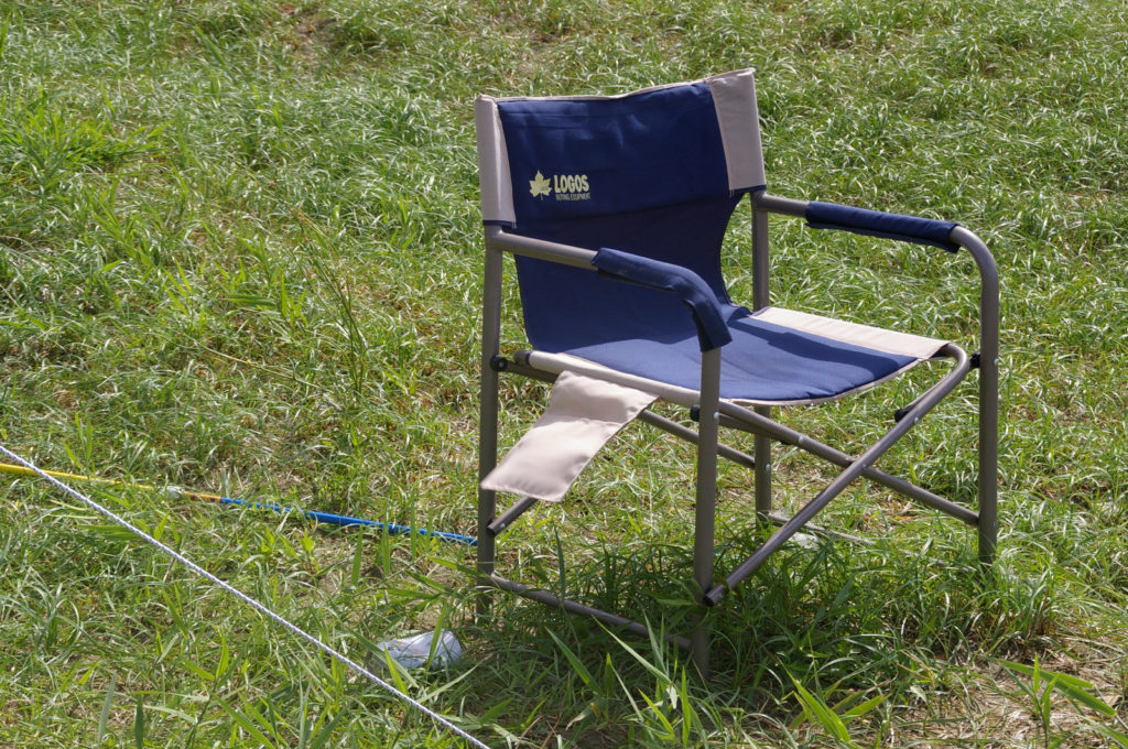 アウトドア用の椅子