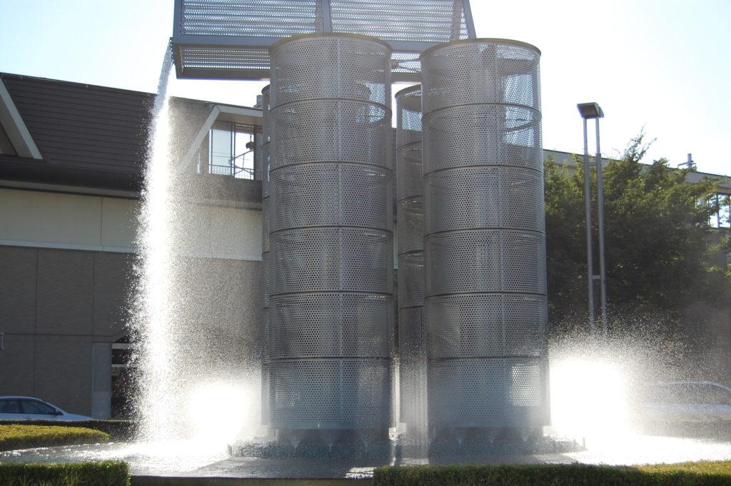 噴水のオブジェ