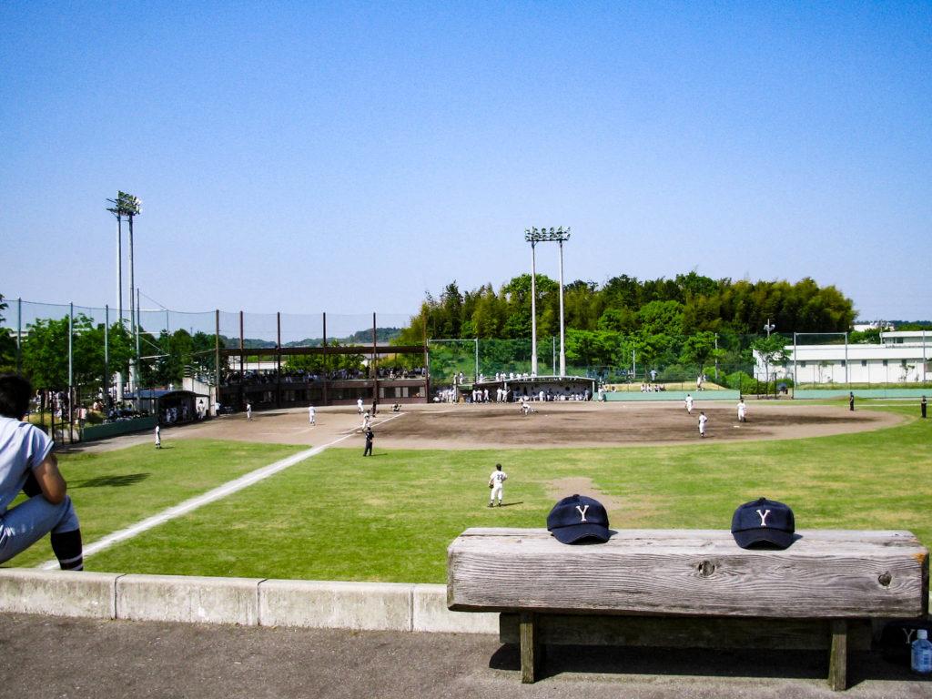 高校野球の練習試合の写真